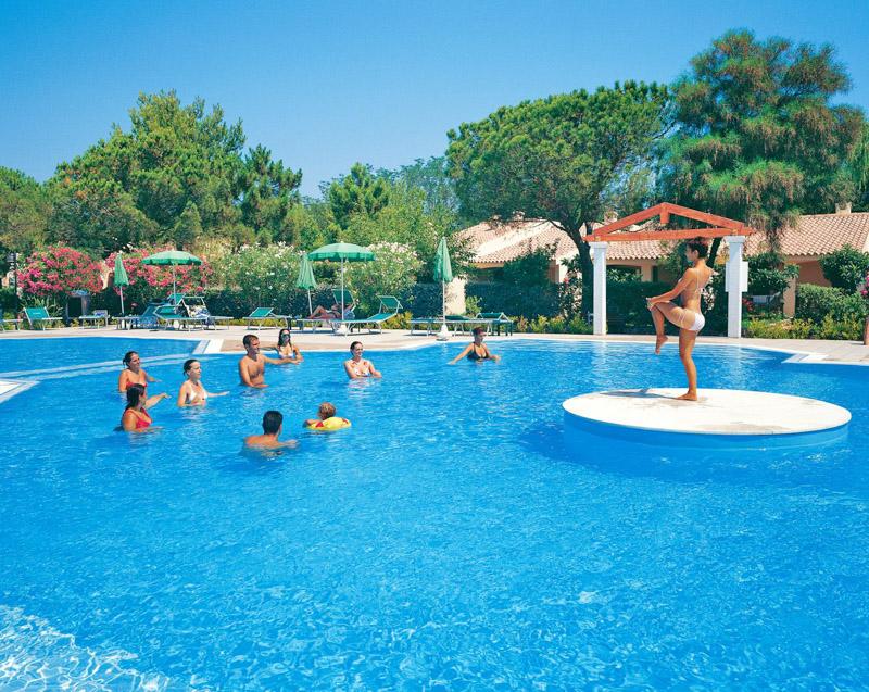 Edenvillage li cupulatti budoni loc agrustos for Budoni offerte vacanze